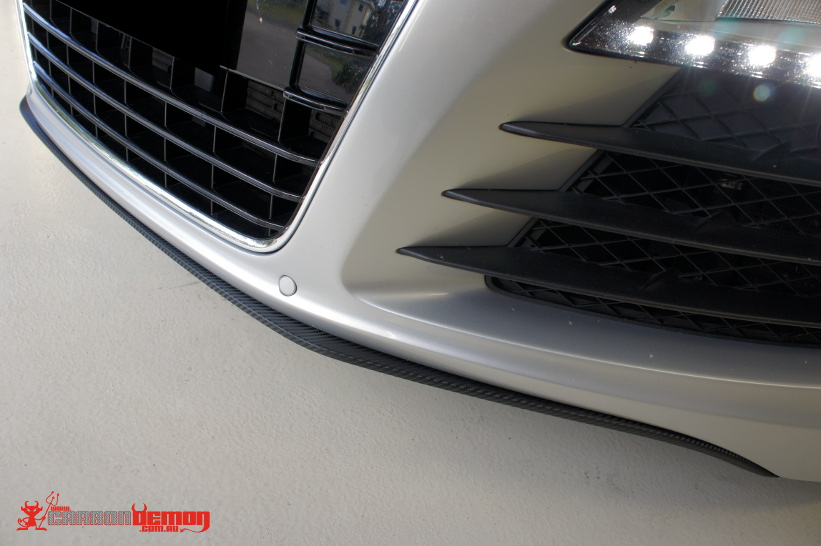 Audi R8 Carbon Fibre Vinyl Wrap on Front Lip