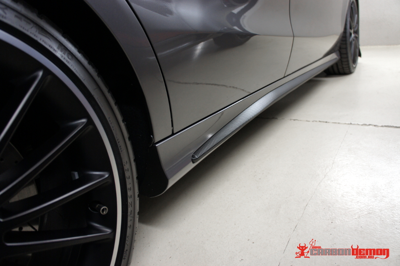 CLA 45 carbon fibre skirt wrap