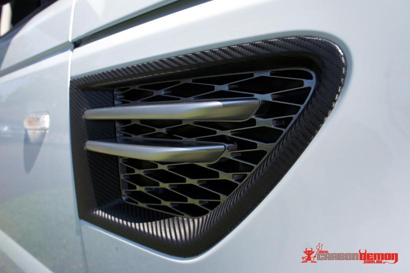 Range Rover Carbon Fibre Vent Wrap
