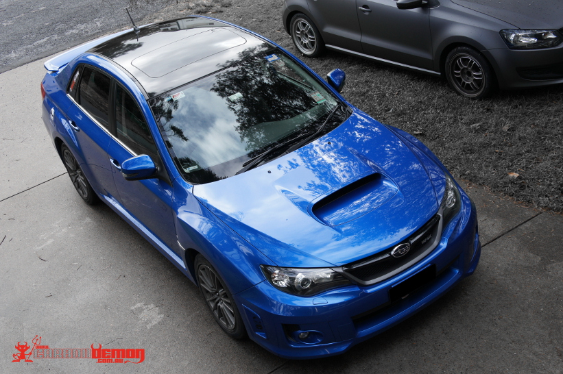 Subaru WRX Gloss Black Roof Vinyl Wrap