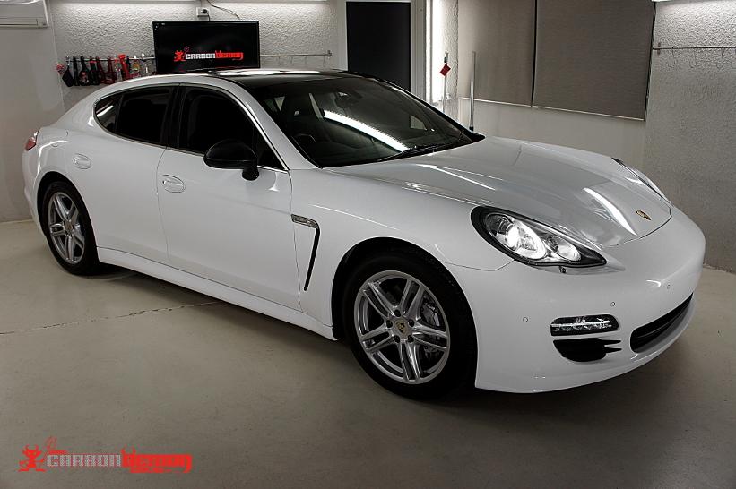 Porsche 4s Full Vinyl Wrap in Gloss White by Carbon Demon