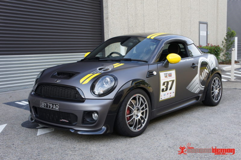 Mini JCW matte grey vinyl wrap